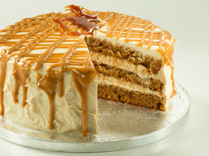 Macphie Salted Caramel Luxury Filling Application Instructions