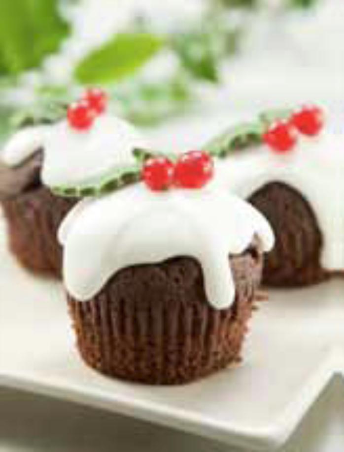 Christmas Pudding Cupcakes using Macphie Choc Genoese